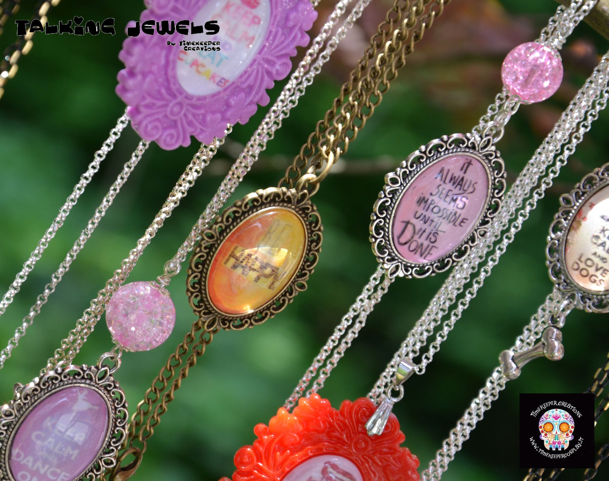 Cotton Candy Jewels di Hachiko e Timekeeper Creations